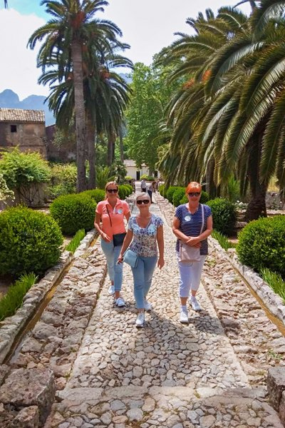 walking on Mallorca tour